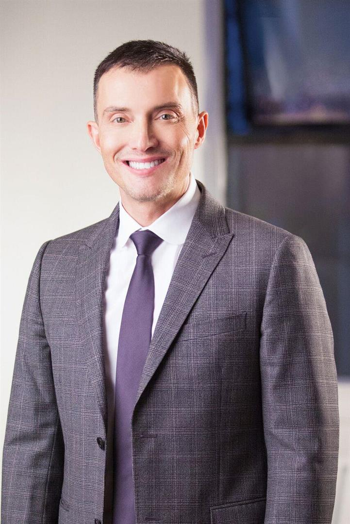 Vancouver Real Estate Agent: Gary Serra, RE/MAX Crest Realty